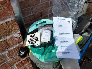 il pacco gara è un berrettino personalizzato